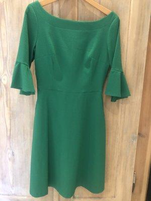 Einzigartiges Sommerkleid von Marion Kleinert knallgrün mit 3/5 Glockenärmeln, Gr. 38