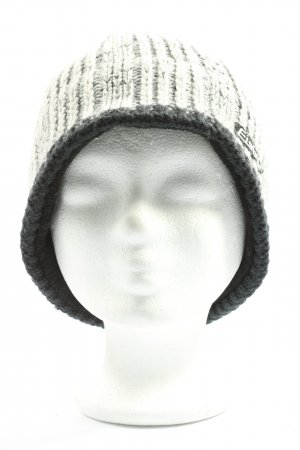 Eisbär Knitted Hat light grey cable stitch casual look