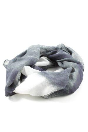 Pañoleta gris claro-blanco degradado de color look casual