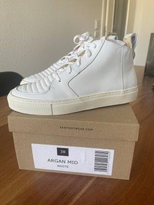 ekn Footwear High Top Sneaker white-natural white