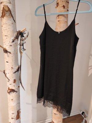 eksept - lingery kleid aus Satin mit spitzenborte schwarz