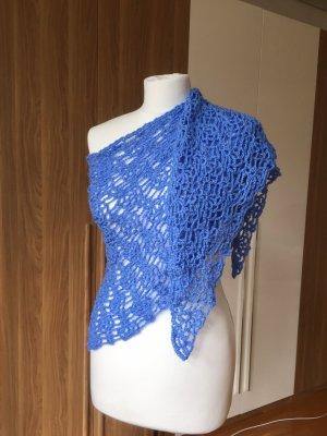 Selbstgehäkelter Szydełkowany szalik chabrowy-niebieski neonowy Poliakryl