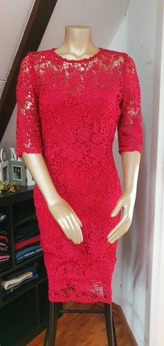 Elegant & Rot ein #musthafe