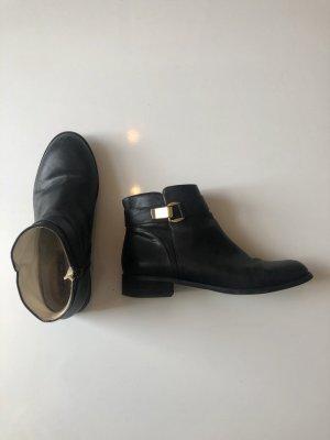 Elegante Ankle Boots aus schwarzem Leder Buffalo