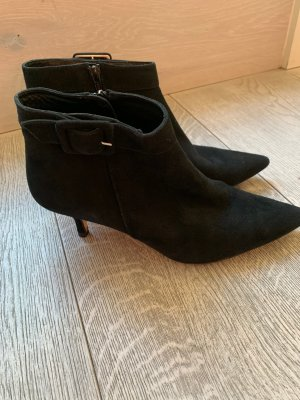 Russel & Bromley Ankle Boots black suede