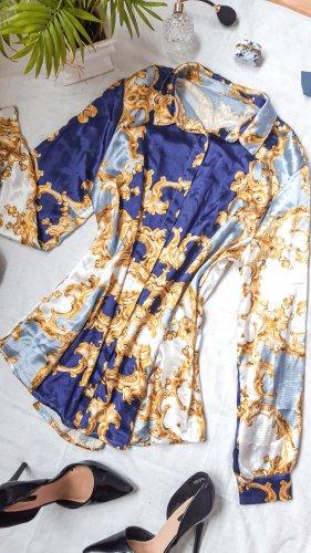 Elegante Bluse mir Ornament Muster königlich