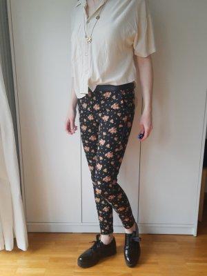 Elegante Hose von Zara mit Blumenmuster