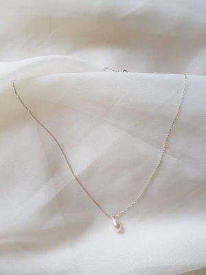 Elegante klassische Halskette mit Swarowski Perle