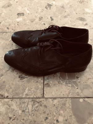 Breuninger Wingtip Shoes black