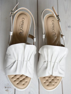 Caprice Strapped High-Heeled Sandals natural white-cream