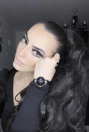 Zegarek ze skórzanym paskiem czarny-w kolorze różowego złota
