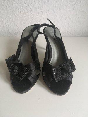 Elegante, schwarze Sandaletten