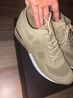 Elegante Sneakers