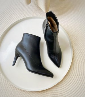 High Heel Boots black