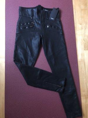 Elegante Stretch-Hose im Leder-Look, schwarz