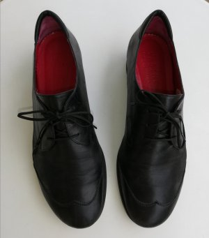 Elegante UND bequeme schwarze Schnürschuhe mit Wechselfußbett von Vabene