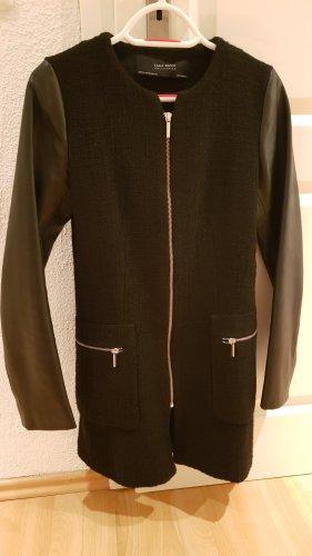 Elegante ZARA Jacke mit Lederärmeln