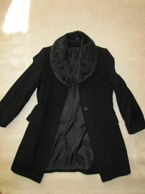 C&A Manteau en fausse fourrure noir