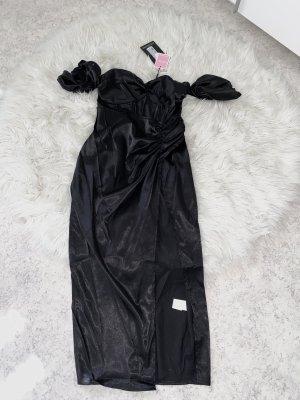 PrettyLittleThing Robe épaules nues noir