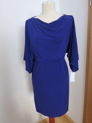 Elegantes Blaulila Kleid, Wasserfallkragen