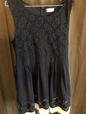 Apricot Vestido de chifón azul oscuro