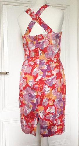 Elegantes geblümtes Sommerkleid von Zara Basic mit breiten Trägern