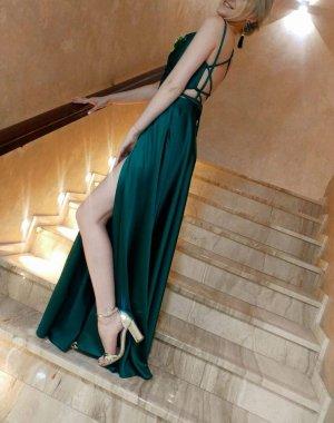 Elegantes Kleid aus Seide