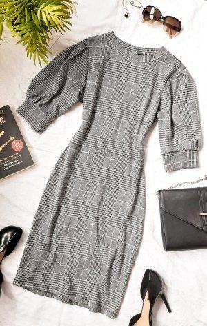 Elegantes Kleid mit Karo Muster Puffärmel Business Minimalistisch