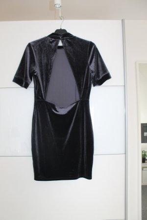 Elegantes Kleid mit Rückenausschnitt / Samt / Party - NEU