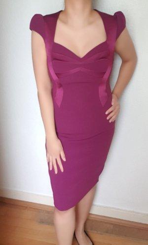 Elegantes Kleid mit Satineinsätze Gr. M/L