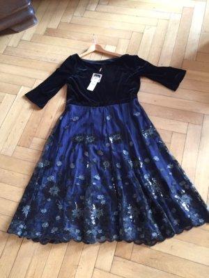 elegantes Kleid neu mit Etikett Gr.44 von Vera Mont