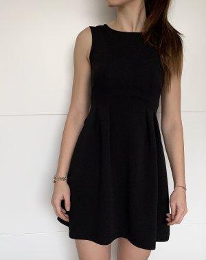 Elegantes Kleid - Schwarzes Kleid