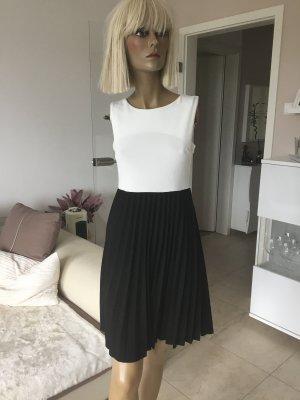 Elegantes Kleid .. Sommerkleid in schwarz/creme .. Gr. S 36 # Made in Italy # Neu mit Etikett