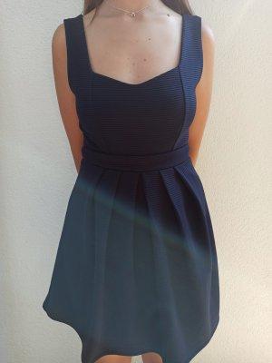 Elegantes Kleid von Lost