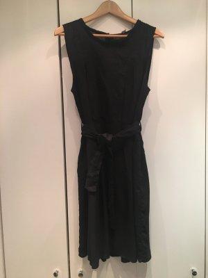 Elegantes Kleid von Naf Naf