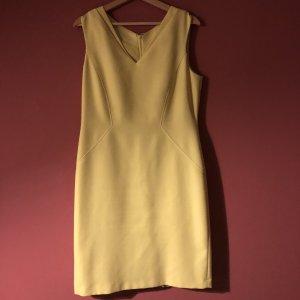 Elegantes Kleid von Tahari Größe 40
