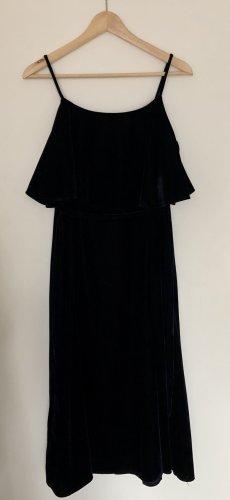 elegantes Samtkleid von MANGO