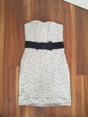 Elegantes schulterfreies Kleid aus Spitze Blumenmuster Gr. 36 von H&M