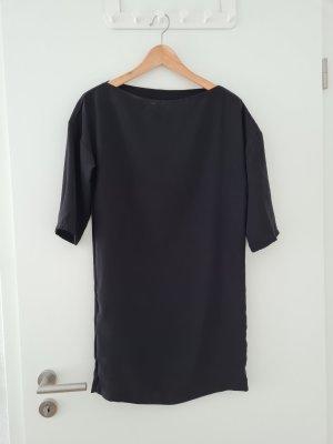 Elegantes schwarzes Kleid von Mango in XS