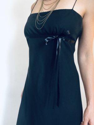 Elegantes Spaghetti cocktail Kleid