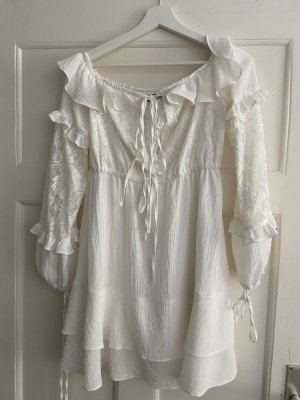 Elegantes weißes Kleid mit Spitze Größe M