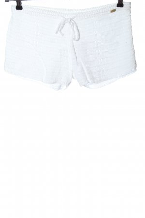 Element Hot Pants white casual look