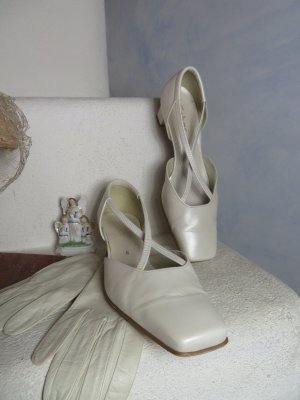 Gabor T-Strap Pumps white-natural white leather