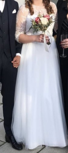 Elfenhafes Brautkleid