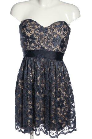 Elise Ryan schulterfreies Kleid blau Elegant