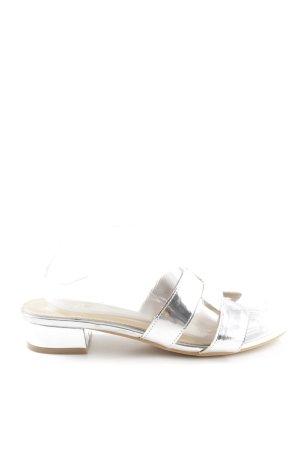 Ella Cruz Sandalias de playa color plata look casual