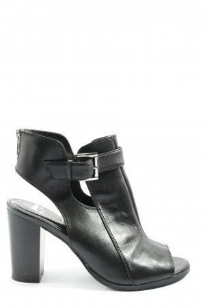 Elle Cut-Out-Stiefeletten