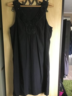 Ellegantes Abendkleid in Schwarz mit Besatz aus Seide Gr. 40