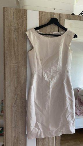 Ellegantes Kleid