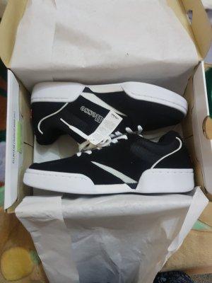 ellesse Schuhe gr 42